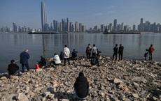 """Khi dòng sông bị bức tử đến gần """"hấp hối"""", TQ mới hành động: Sông Dương Tử còn kịp cứu hay không?"""