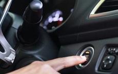 Điều gì sẽ xảy ra nếu bạn quên tắt động cơ khi xuống xe?
