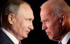 Mỹ áp đặt biện pháp trừng phạt với 12 cá nhân, 20 thực thể, trục xuất 10 nhà ngoại giao Nga