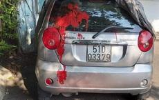 Cán bộ từng bị đánh chảy máu trong cuộc họp ở cơ sở cai nghiện Bình Triệu tố xe ô tô bị tạt sơn đỏ khi đang đậu trước cổng cơ quan