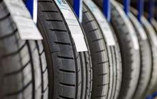 Ngành sản xuất ô tô đối mặt vấn nạn mới về nguồn cung: Thiếu cao su làm săm lốp