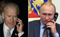 Ông Biden mâu thuẫn trong thái độ với Nga: Vừa mời họp thượng đỉnh đã áp lệnh trừng phạt