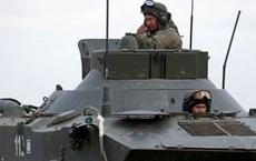 """Trò chơi """"bên miệng hố chiến tranh"""" của ông Putin và thông điệp ngầm gửi đến Mỹ"""