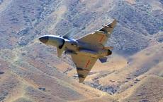 Thái độ lạ của Trung Quốc khi Iran hỏi mua hàng chục máy bay chiến đấu: Chê tiền hay sao?