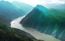 """Sự kiện """"cắt nước"""" sông Dương Tử: Dòng sông đột ngột biến mất trong 2 giờ, nguyên nhân do đâu?"""
