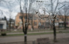 Nghe tin Nga động binh, 'ác mộng' ùa về với người dân thị trấn biên giới Ukraine