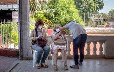 Đài Loan trước nguy cơ mất bạn cho Bắc Kinh: Hàng thập kỷ đổ tiền tài trợ không bằng những lô vắc xin thời Covid-19