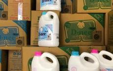 Đột kích xưởng sản xuất nước giặt giả quy mô lớn giữa Thủ đô