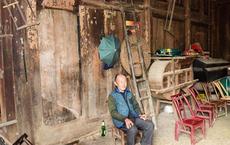 Bí ẩn căn nhà gỗ trị giá 2 nghìn tỷ đồng của một ông nông dân nghèo