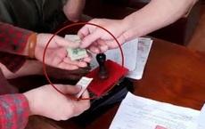 """Vụ nộp 100.000 làm căn cước gắn chip ở Hải Phòng: CA huyện khẳng định """"không chỉ đạo thu 100.000 đồng của dân"""""""