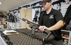 """""""Xấu hổ với thế giới vì bạo lực súng đạn"""", Mỹ công bố biện pháp kiểm soát mới"""