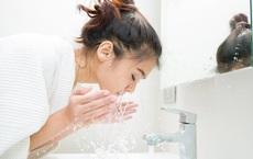 Chuyên gia da liễu: Cách giúp kiểm soát da dầu cực hiệu quả trong những ngày nắng nóng