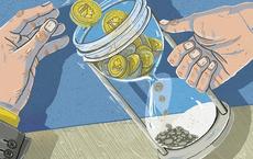 Đồng tiền là đồng bạc, là ''thấu kính'' soi rõ nhất lòng người