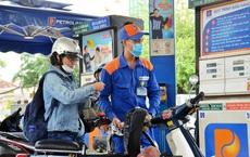 Giá xăng tăng mạnh, có thể chạm ngưỡng 20.000 đồng/lít?