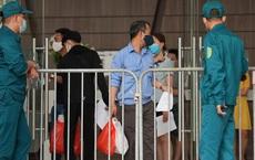 Clip: 2 vợ chồng đi Đà Nẵng về không khai báo y tế, dương tính SARS-CoV-2, Hà Nội khẩn cấp cách ly y tế tòa nhà ở Lê Văn Lương