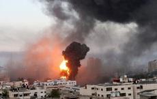 """Hứng rocket khủng khiếp, Israel """"nổi giận"""" diệt tình báo cao cấp Hamas"""