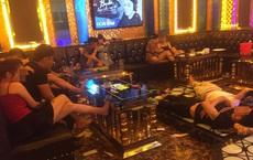 """Hát karaoke có """"tay vịn"""" giữa dịch Covid-19, cả 37 người đều dương tính với ma tuý"""