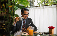 1 bát phở hơn 200.000 đồng, tô đựng bún bò 5,7 triệu đồng, nhà hàng của NTK Thái Công từng bị chê cầu kì thái quá đến... đóng cửa?