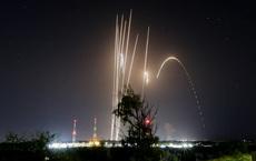 """Hamas """"bắn vãi đạn"""" tấn công Israel: Thế lực ngầm nào bơm tiền phía sau?"""