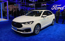 """Ô tô nội thất như xe sang, khiến Toyota Corolla Altis """"mém xỉu"""", giá 325 triệu đồng"""