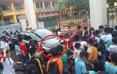 Màn đỗ xe kém duyên ngay trước cổng trường khiến ai nấy ngao ngán khi thấy đến giờ vào học