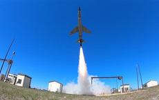 Mỹ lần đầu thử nghiệm máy bay không người lái yểm trợ tấn công