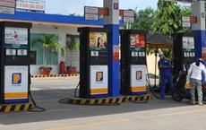 Bán dầu pha lẫn nước lã cho khách, Petrolimex đình chỉ cửa hàng trưởng