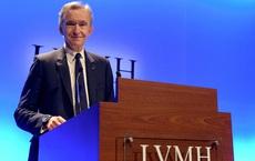 Đưa ông chủ thành người giàu nhất thế giới từ bán túi LV, kim cương DeBeers, đồng hồ Hublot… đế chế hàng hiệu LVMH làm ăn ra sao?