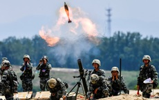 """Bắc Kinh vừa điều máy bay """"rợp trời"""", tướng Mỹ báo tin vui cho Đài Loan"""