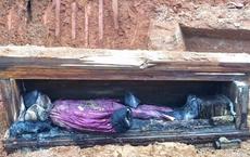 Ngôi mộ cổ thời nhà Minh được khai quật ở công trường, chuyên gia sững sờ khi mở quan tài