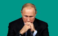 """Mang chiến thắng trở về, ông Putin vẫn không khỏi """"toát mồ hôi""""?"""
