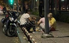 Nhóm người rủ nhau ra công viên ở Sài Gòn nhậu giữa lúc dịch Covid-19 đang căng thẳng