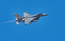 """Chiến cơ F-16 và máy bay B-52 Mỹ cố gắng tấn công """"rồng lửa"""" S-400 tại châu Phi"""