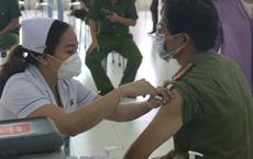 Toàn bộ cán bộ chiến sĩ Công an TP.HCM được tiêm vắc xin COVID-19