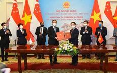Singapore sẵn sàng hợp tác với Việt Nam tiếp cận nguồn vắc-xin