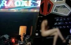 Vụ 2 tiếp viên khỏa thân trong quán karaoke giữa dịch COVID-19: Nhiều người không tới làm việc