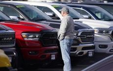Xe 'second hand' đi 2 năm giá cao hơn xe mới cả nghìn USD - đây là thị trường ô tô điên rồ thế giới