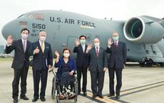 """Siêu vận tải cơ C-17 đến Đài Bắc và lời hứa của Mỹ khiến Đài Loan nức lòng: Trung Quốc """"nóng mắt"""""""