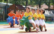 """Nhận ra """"sai lầm chí mạng"""", Trung Quốc cho phép các gia đình sinh bao nhiêu con cũng được"""