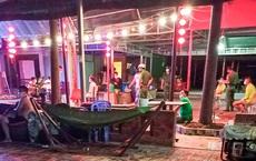 Chủ quán cùng 11 người tụ tập ăn nhậu, hát karaoke trong thời gian giãn cách
