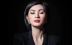 """Nguyễn Hồng Nhung: """"Khán giả bỏ về, có người còn dí tấm hình nóng trước mặt tôi xem có đúng là tôi không"""""""