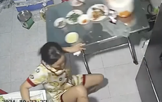 """Người Việt có một thói quen cực kì nguy hiểm là gác chân lên ghế khi ăn, xin mời xem luôn clip này để thấy tai hoạ """"trời giáng"""" là thế nào!"""