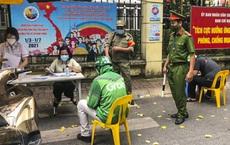 3 ngày thực hiện giãn cách xã hội, Hà Nội xử phạt hơn 1,5 tỷ đồng tiền vi phạm