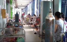 Video cận cảnh bên trong một bệnh viện điều trị Covid-19 tại TP HCM