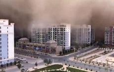 """24h qua ảnh: Bão cát """"nuốt chửng"""" thành phố ở Trung Quốc"""