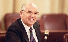 """Những điều ông Gorbachev từng che giấu trong lý lịch: Gây tò mò nhất là quãng thời gian 2 năm """"bí ẩn"""""""