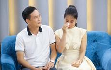 Chồng lấy sạch tiền chạy theo đam mê xa xỉ, nữ ca sĩ bật khóc trên truyền hình