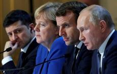 """Ukraine vừa nhận hai """"cái tát trời giáng"""" từ cả Nga và Mỹ: Cửa vào NATO đóng sập!"""
