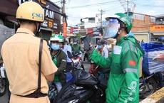 TP.HCM: CSGT phát hiện 1 shipper mua 5 thẻ Grab giả để đi lại trong 5 quận, huyện