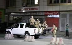 Sau tiếng nổ rung chuyển, các tay súng xông vào nhà Bộ trưởng Quốc phòng Afghanistan